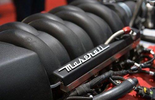 Мощный байк Lazareth LM 847 с двигателем Maserati (11 фото)