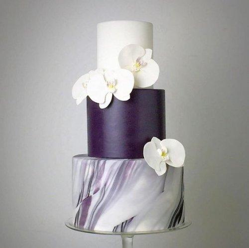 Невероятные свадебные торты (12 фото)