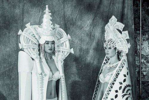 Бумажные свадебные платья от Аси Козиной (14 фото)