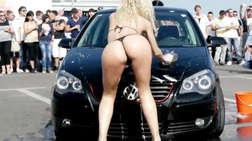 Автомобильные приколы на дорогах, с девушками и приколы с видеорегистраторов