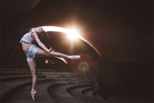 Балерины и танцовщики на улицах Кубы (24 фото)