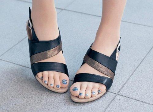 Причудливые колготки с накрашенными ногтями — последний модный тренд в Японии (10 фото)