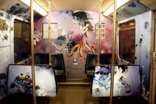 Вагоны метро, в которых нескучно ездить (19 фото)