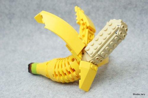 Вкусный LEGO-арт от японского художника Tary (10 фото)