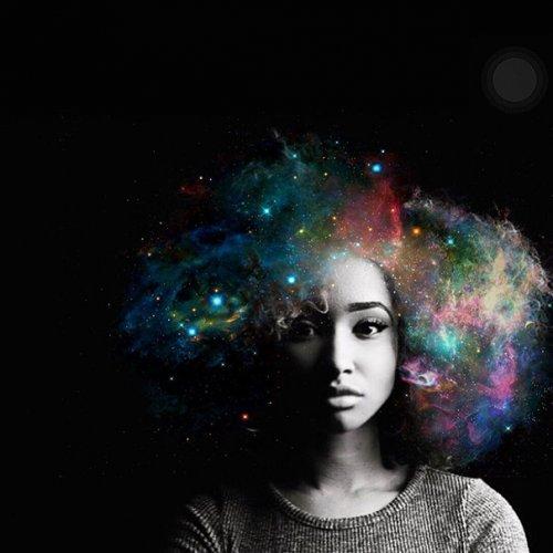 Пышные галактики в афро-причёсках (13 фото)