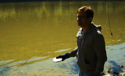 Натрий бросили в реку, и вот что из этого вышло
