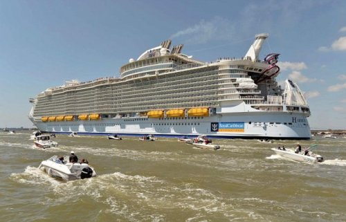 ������ ��� ������ ������ Harmony of the Seas ���������� � ���� ������ ����� (15 ����)