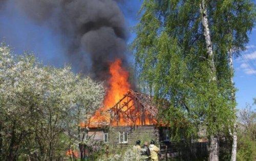 Ученица шестого класса Юлия Колосова спасла во время пожара троих детей (4 фото)