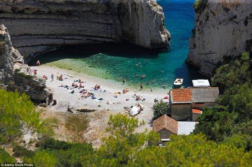 Лучший пляж в Европе в 2016 году (6 фото)