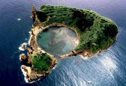Топ-10: Странные и необычные достопримечательности в Португалии