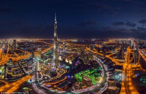 Панорамные снимки ночных мегаполисов от AirPano (17 фото)
