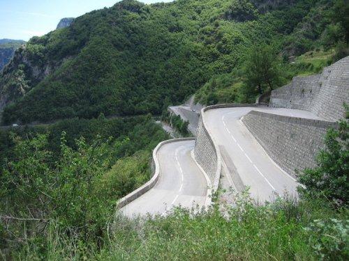 Топ-9: Наиболее опасные дороги мира