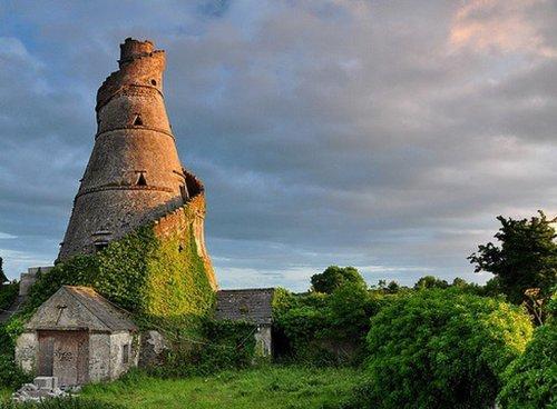Топ-10: Странные и необычные достопримечательности в Ирландии