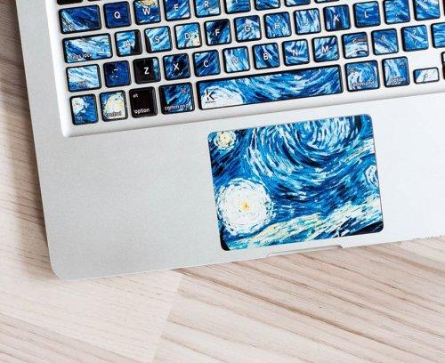 Наклейки на клавиатуру, превращающие ноутбук в произведение искусства (8 фото)