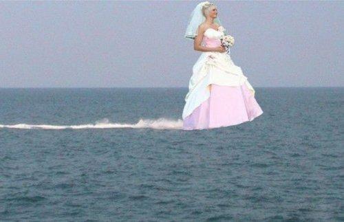 Свадебные снимки, которые можно было не делать (25 фото)