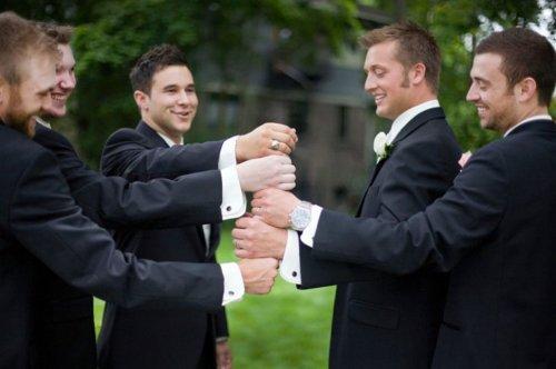 Свадебные фотографии с нескучными друзьями жениха (19 шт)