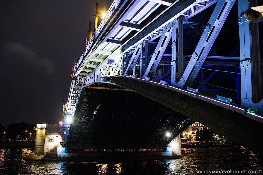 наступающем году разводные мосты в мире фото главным