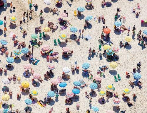 Пляжи мира в аэроснимках Грэя Малина (9 фото)