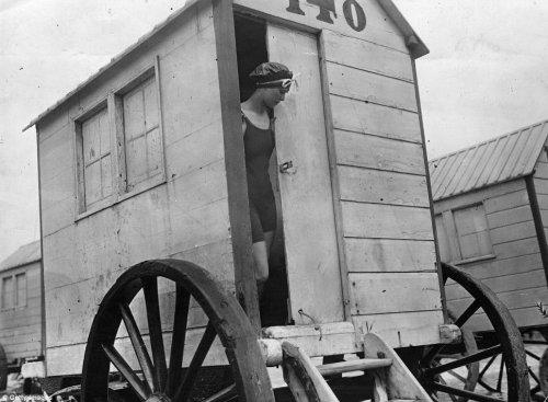 Купальные машины XIX века (18 фото)