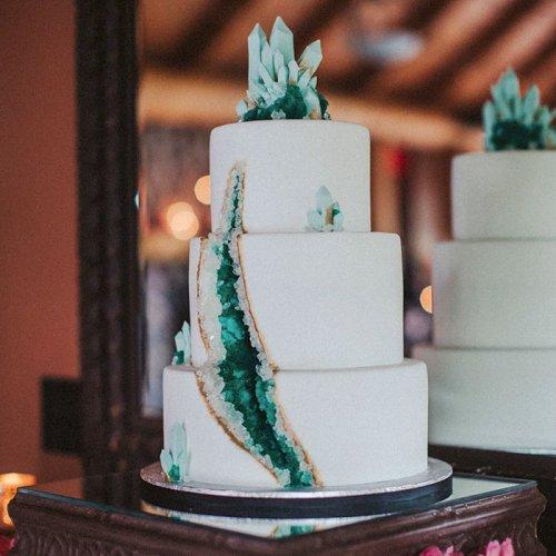 """Оригинальные свадебные """"геологические"""" торты (25 фото)"""