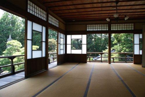 Древнейший в мире отель находится в Японии (5 фото)