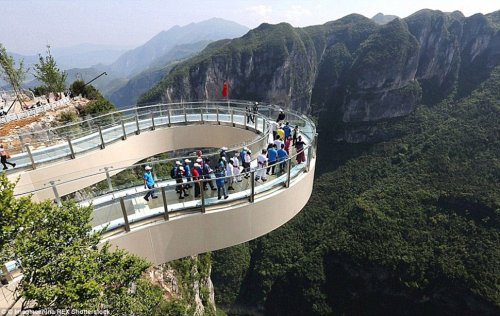 Стеклянная тропа тяньмэнь Китай