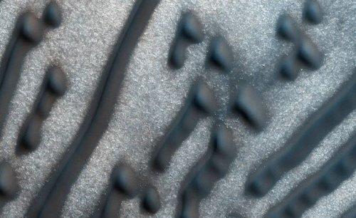 Топ-10: Новые открытия, недавно сделанные на Марсе
