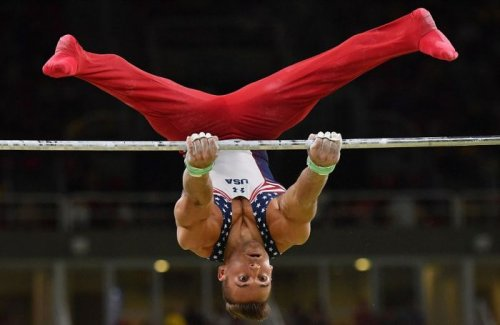 Забавные лица спортсменов во время выступлений (16 фото)