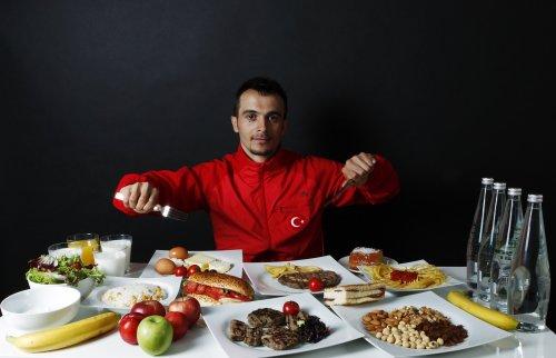 Ежедневное питание спортсменов (12 фото)
