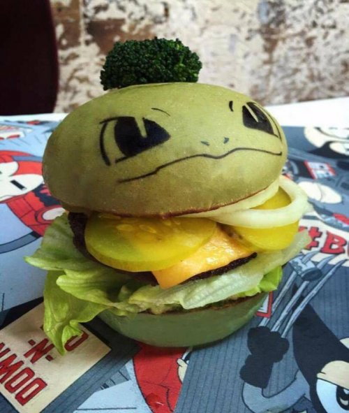 В австралийском ресторане фаст-фуда подают покебургеры (4 фото)