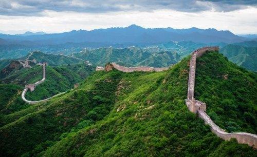 Топ-25: Популярные туристические достопримечательности, которые нужно увидеть своими глазами