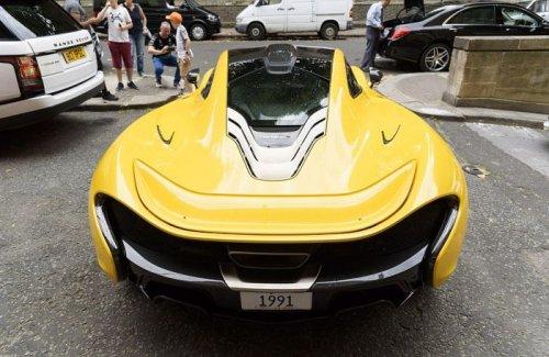 Роскошные суперкары сына катарского шейха на улице Лондона (14 фото)