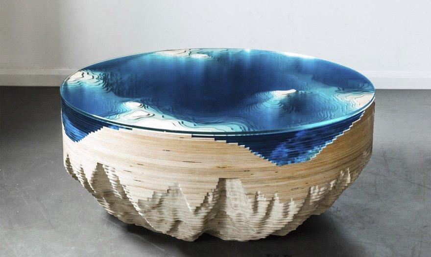 завораживающий стол из стекла и дерева вдохновлённый океаном 9 фото