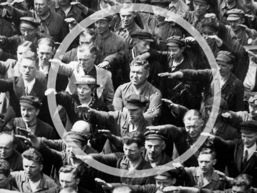 Август Ландмессер: история человека, отказавшегося поднять руку в нацистском приветствии (4 фото)