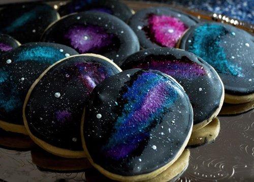 """""""Космический"""" свадебный торт и пирожные (5 фото)"""