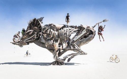 Топ-10: Удивительные произведения искусства на фестивале Burning Man-2016