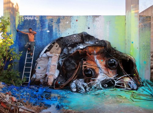 Скульптуры животных из мусора, напоминающие о загрязнении окружающей среды (27 фото)