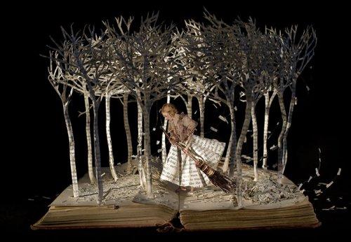 Книжные скульптуры Су Блэквелл (19 фото)