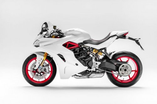 ������� �� ����������: Ducati SuperSport 2017 (10 ����)
