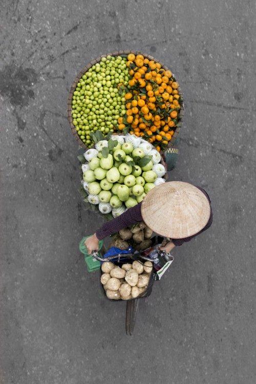 Вьетнамские уличные торговцы в фотографиях Люс Хиринк (12 фото)