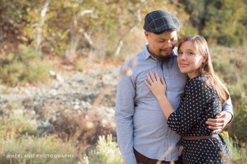 Метал-группа неожиданно поучаствовала в фотосессии влюблённой пары (7 фото)