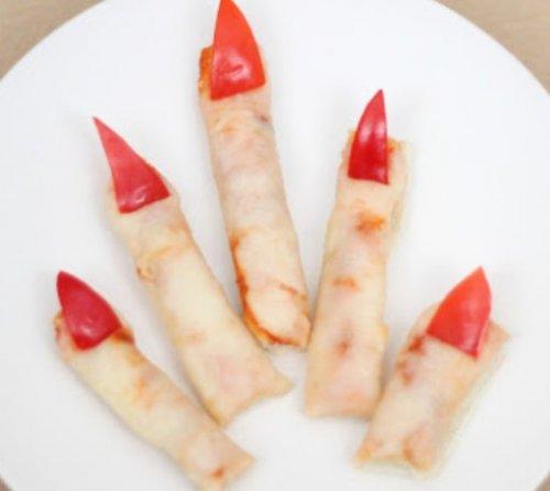 Блюда в виде отрезанных пальцев на Хэллоуин (10 фото)