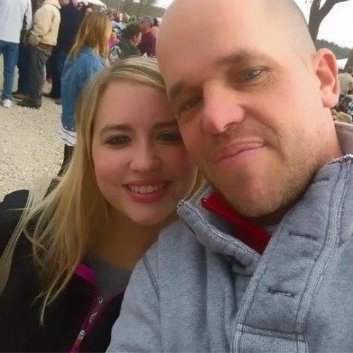Канадский мужчина согласился на пересадку печени ради незнакомой девушки, на которой впоследствии женился (8 фото)