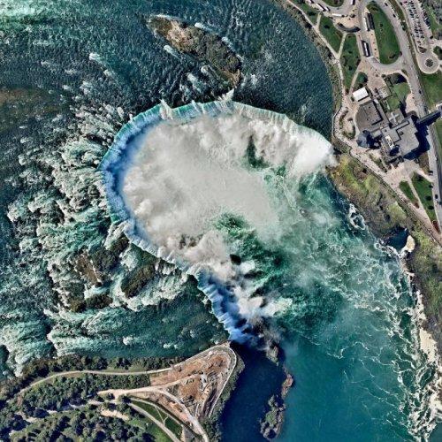 Наша планета с высоты птичьего полёта (32 фото)