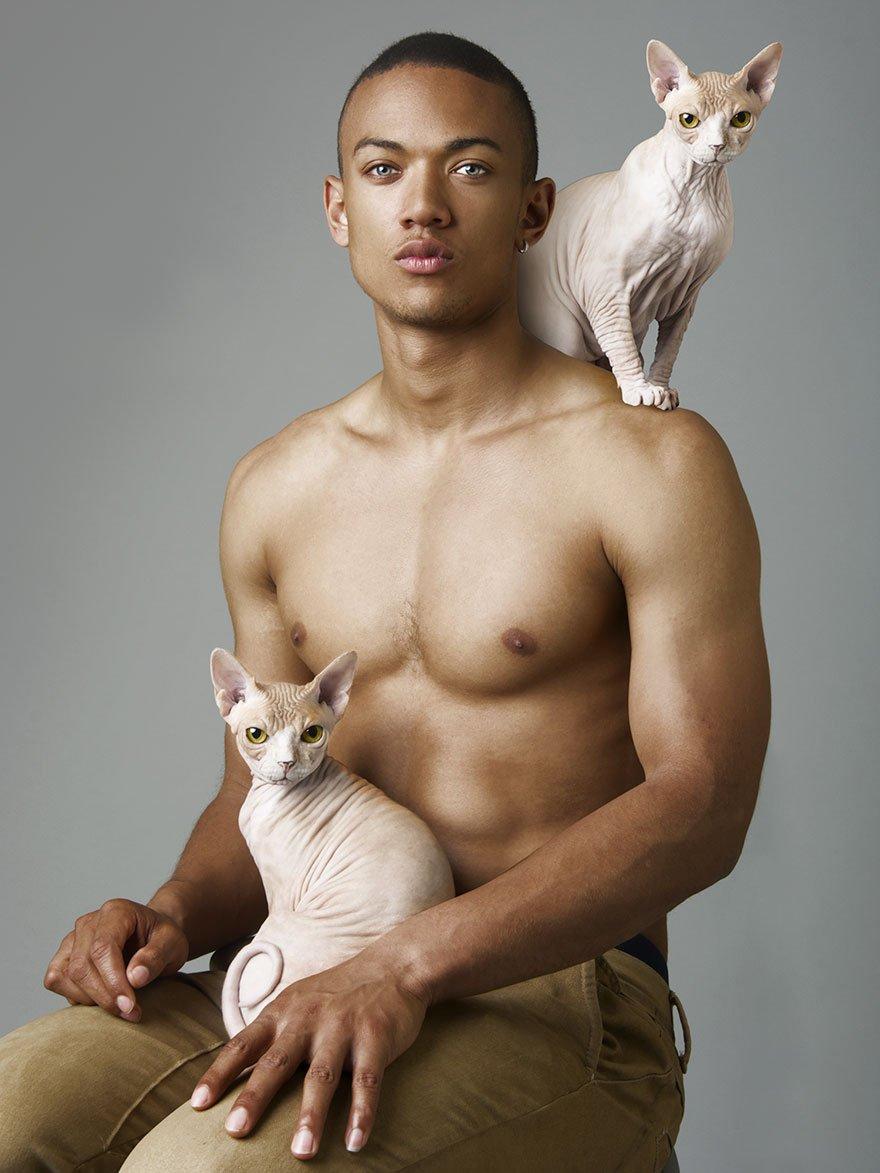 следующем мужчины и кошки фото братья твои поумнее