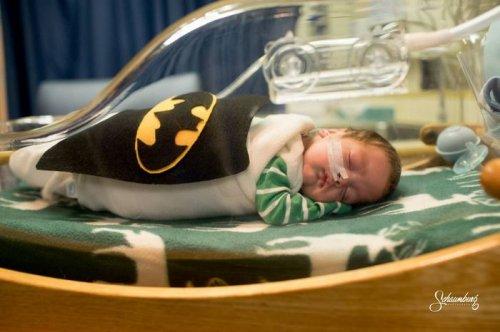 Настоящие супергерои в Канзасской больнице для недоношенных детей (10 фото)