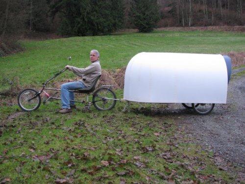 Американец построил велодомик для путешествий всего за 150 долларов (11 фото)