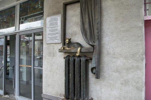 Необычные и прикольные памятники в российских городах (20 фото)