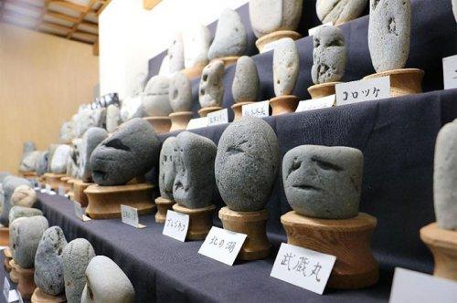 Необычный музей камней в Японии (11 фото)
