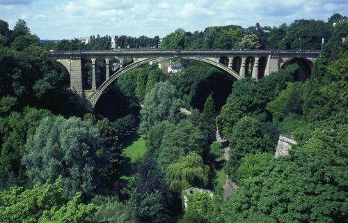 Топ-10: Удивительные и необычные туристические достопримечательности в Люксембурге